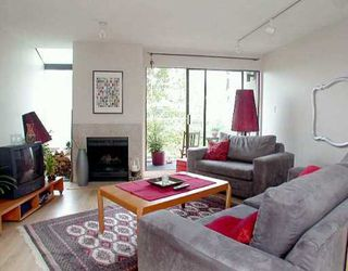 """Photo 1: 1070 W 7TH Ave in Vancouver: Fairview VW Condo for sale in """"FALSE CREEK TERRACE"""" (Vancouver West)  : MLS®# V578300"""