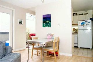 """Photo 2: 1070 W 7TH Ave in Vancouver: Fairview VW Condo for sale in """"FALSE CREEK TERRACE"""" (Vancouver West)  : MLS®# V578300"""