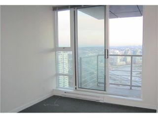 """Photo 6: 3301 602 CITADEL PARADE in Vancouver: Downtown VW Condo for sale in """"SPECTRUM 4"""" (Vancouver West)  : MLS®# V930449"""