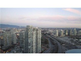 """Photo 2: 3301 602 CITADEL PARADE in Vancouver: Downtown VW Condo for sale in """"SPECTRUM 4"""" (Vancouver West)  : MLS®# V930449"""