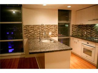 """Photo 5: 3301 602 CITADEL PARADE in Vancouver: Downtown VW Condo for sale in """"SPECTRUM 4"""" (Vancouver West)  : MLS®# V930449"""