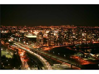 """Photo 10: 3301 602 CITADEL PARADE in Vancouver: Downtown VW Condo for sale in """"SPECTRUM 4"""" (Vancouver West)  : MLS®# V930449"""