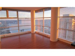 """Photo 3: 3301 602 CITADEL PARADE in Vancouver: Downtown VW Condo for sale in """"SPECTRUM 4"""" (Vancouver West)  : MLS®# V930449"""
