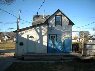 Photo 3: 183 Chalmers Avenue in Winnipeg: Residential for sale : MLS®# 1206738