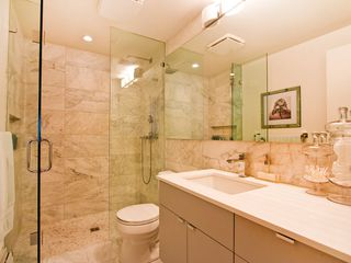 "Photo 14: # 8 5545 OAK ST in Vancouver: Shaughnessy Townhouse for sale in ""SHAWNOAKS"" (Vancouver West)  : MLS®# V969613"