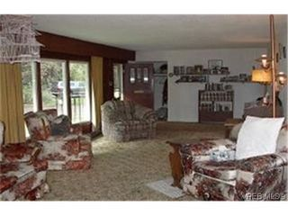 Photo 3:  in VICTORIA: La Fairway Single Family Detached for sale (Langford)  : MLS®# 351337