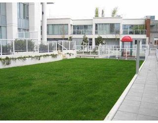 """Photo 4: 49 KEEFER PL in Vancouver: Downtown VW Condo for sale in """"TAYLOR"""" (Vancouver West)  : MLS®# V637663"""
