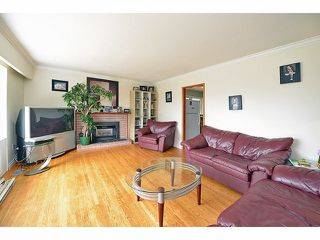 Photo 2: 32957 12TH AV in Mission: Mission BC House for sale : MLS®# F1417978