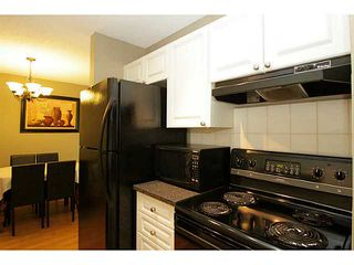 Photo 10: 205 816 89 Avenue SW in CALGARY: Haysboro Condo for sale (Calgary)  : MLS®# C3632405