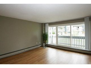 Photo 2: 205 816 89 Avenue SW in CALGARY: Haysboro Condo for sale (Calgary)  : MLS®# C3632405