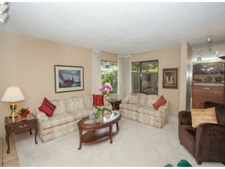 Photo 3: # 104 12741 16TH AV in Surrey: Crescent Bch Ocean Pk. Condo for sale (South Surrey White Rock)  : MLS®# F1415306