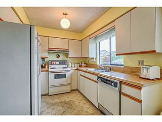 Photo 10: 5263 BENTLEY COURT in Ladner: Hawthorne House for sale : MLS®# V1142480