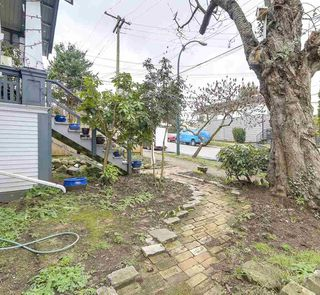 Photo 19: 2124 PRINCE EDWARD STREET in Vancouver: Mount Pleasant VE House for sale (Vancouver East)  : MLS®# R2240136