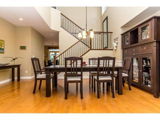 Photo 7: 18159 70 AVENUE in Surrey: Cloverdale BC House for sale (Cloverdale)  : MLS®# R2271440