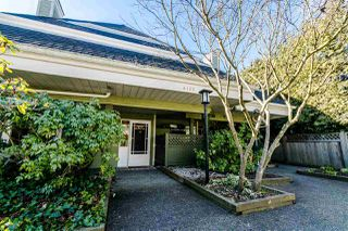 Photo 2: 16 4163 SOPHIA STREET in Vancouver: Main Townhouse for sale (Vancouver East)  : MLS®# R2345747