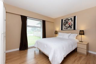Photo 12: 12077 BLAKELY ROAD in Pitt Meadows: Central Meadows House for sale : MLS®# R2357463