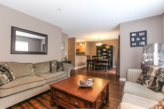 "Photo 4: 25 6513 200 Street in Langley: Willoughby Heights Townhouse for sale in ""LOGAN CREEK"" : MLS®# R2397754"