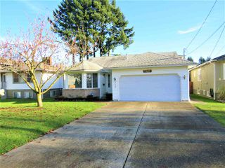 Photo 1: 9432 STANLEY Street in Chilliwack: Chilliwack N Yale-Well House for sale : MLS®# R2426701