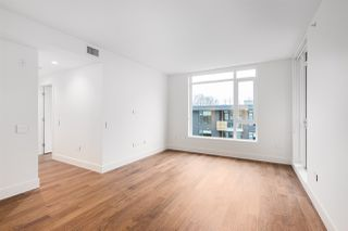 "Photo 5: 508 389 W 59TH Avenue in Vancouver: South Cambie Condo for sale in ""Belpark By Intracorp"" (Vancouver West)  : MLS®# R2437051"