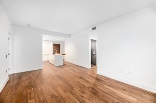 """Photo 7: 508 389 W 59TH Avenue in Vancouver: South Cambie Condo for sale in """"Belpark By Intracorp"""" (Vancouver West)  : MLS®# R2437051"""