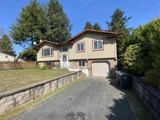 Photo 1: 19309 117B Avenue in Pitt Meadows: South Meadows House for sale : MLS®# R2449517