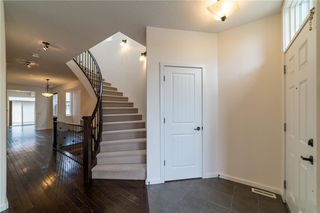 Photo 4: 3807 14 Street SW in Calgary: Altadore Detached for sale : MLS®# C4297021