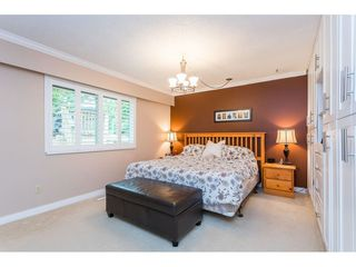 "Photo 11: 17446 HILLVIEW Place in Surrey: Grandview Surrey House for sale in ""Country Woods"" (South Surrey White Rock)  : MLS®# R2462112"