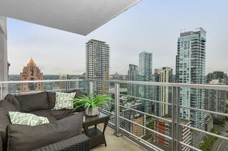 "Photo 2: 2902 1255 SEYMOUR Street in Vancouver: Downtown VW Condo for sale in ""ELAN"" (Vancouver West)  : MLS®# R2472838"