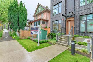 Photo 2: TH6 707 VICTORIA DRIVE in Vancouver: Hastings Townhouse for sale (Vancouver East)  : MLS®# R2457383