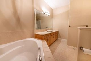Photo 15: 67 DISCOVERY WOODS Villas SW in Calgary: Discovery Ridge Duplex for sale : MLS®# A1015437