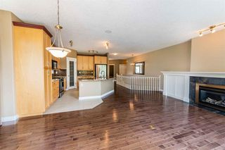 Photo 9: 67 DISCOVERY WOODS Villas SW in Calgary: Discovery Ridge Duplex for sale : MLS®# A1015437