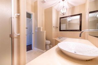 Photo 16: 67 DISCOVERY WOODS Villas SW in Calgary: Discovery Ridge Duplex for sale : MLS®# A1015437