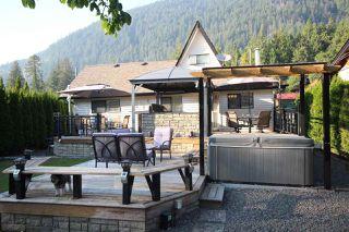 Photo 5: 66540 KERELUK Road in Hope: Hope Kawkawa Lake House for sale : MLS®# R2496893