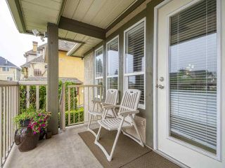 Photo 3: 5 1210 HACHEY Avenue in Coquitlam: Maillardville Townhouse for sale : MLS®# R2498737