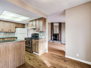 Photo 8: 20 Rivervalley Drive SE in Calgary: Riverbend Detached for sale : MLS®# A1047366