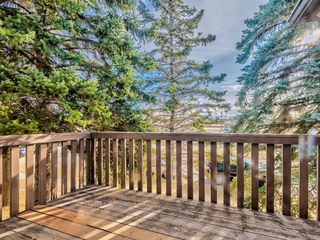 Photo 4: 20 Rivervalley Drive SE in Calgary: Riverbend Detached for sale : MLS®# A1047366