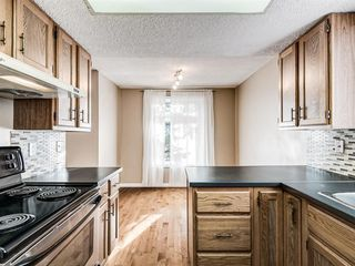 Photo 12: 20 Rivervalley Drive SE in Calgary: Riverbend Detached for sale : MLS®# A1047366