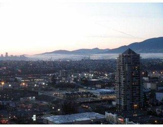"""Photo 10: 3102 2138 MADISON Avenue in Burnaby: Brentwood Park Condo  in """"""""MOSAIC"""" IN THE RENAISSANCE"""" (Burnaby North)  : MLS®# V929612"""