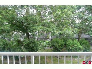 "Photo 6: 7 17700 60TH Avenue in Surrey: Cloverdale BC Condo for sale in ""Clover Park Gardens"" (Cloverdale)  : MLS®# F1209102"