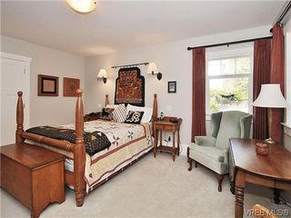 Photo 11: 1120 Woodstock Ave in VICTORIA: Vi Fairfield West Single Family Detached for sale (Victoria)  : MLS®# 606322