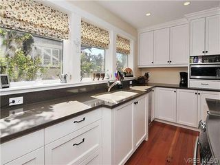 Photo 9: 1120 Woodstock Ave in VICTORIA: Vi Fairfield West Single Family Detached for sale (Victoria)  : MLS®# 606322