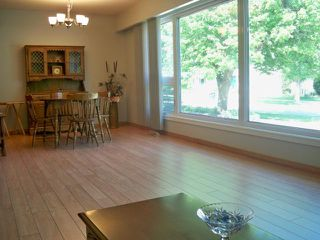 Photo 7: 842 Parkhill Street in WINNIPEG: Westwood / Crestview Residential for sale (West Winnipeg)  : MLS®# 1211988