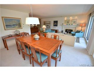 Photo 9: 302 1370 Beach Dr in VICTORIA: OB South Oak Bay Condo for sale (Oak Bay)  : MLS®# 614239