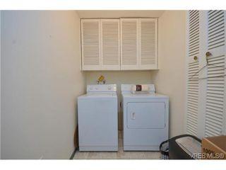 Photo 18: 302 1370 Beach Dr in VICTORIA: OB South Oak Bay Condo for sale (Oak Bay)  : MLS®# 614239