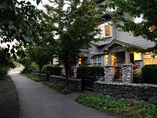 "Photo 10: 134 15 6TH Avenue in New Westminster: GlenBrooke North Townhouse for sale in ""THE CROFTON"" : MLS®# V973481"