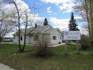 Photo 1: 9715 102ND Street in Fort St. John: Fort St. John - City SW House for sale (Fort St. John (Zone 60))  : MLS®# N227947
