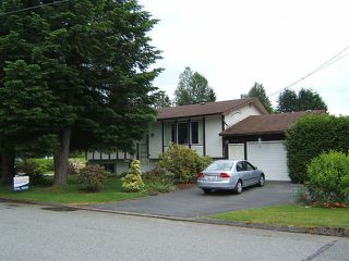 Photo 1: 7918 TEAL ST in Mission: Mission BC House for sale : MLS®# F1414654