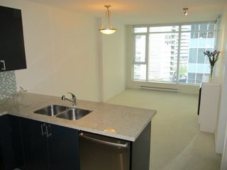 Photo 3: 503 1188 W PENDER STREET in Vancouver: Coal Harbour Condo for sale (Vancouver West)  : MLS®# R2008914
