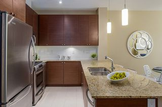 Photo 6: 405 101 Morrissey Road in Port Moody: Port Moody Centre Condo for sale : MLS®# R2101263