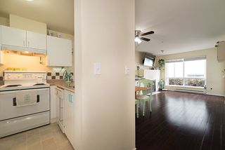 Photo 9: 305 335 CARNARVON STREET in New Westminster: Downtown NW Condo for sale : MLS®# R2153144
